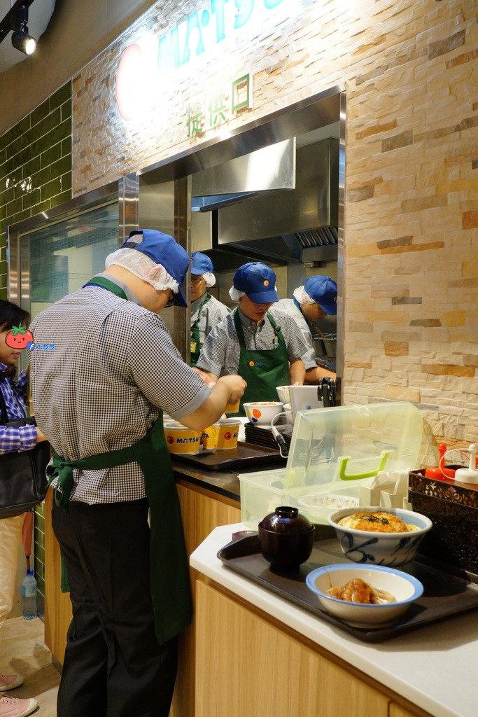 【松屋台北】台灣松屋排隊攻略 牛丼69元含菜單 比日本便宜 中山南西新光三越3館B1地下街美食 可外帶