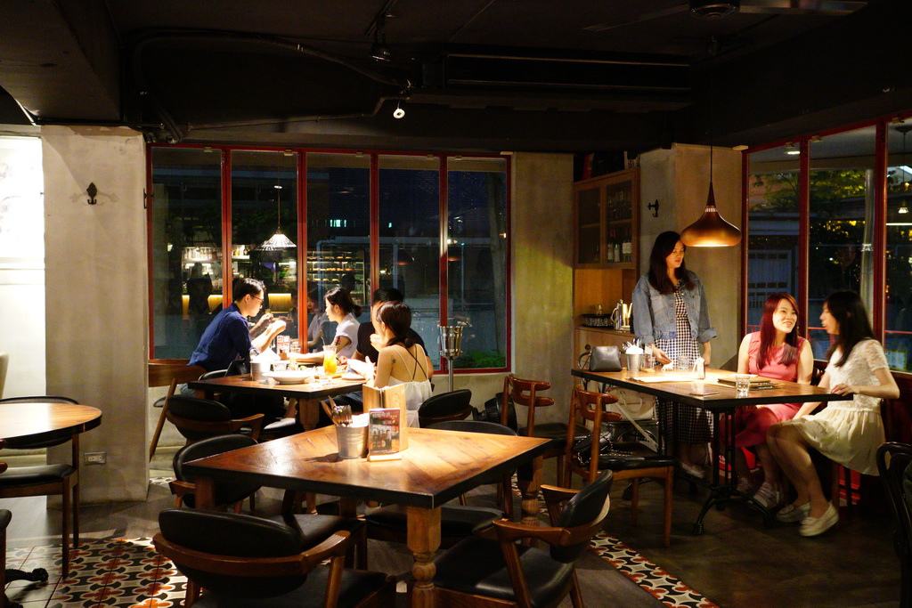 台北東區推薦 好米亞義法餐酒館 適生日聚餐 公司聚會 義大利麵