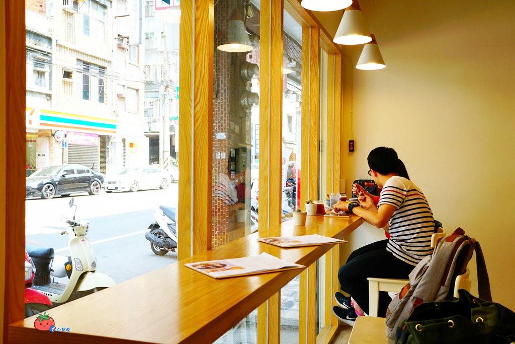 【桃園咖啡廳推薦】日暖珈琲 小清新風格甜點蛋糕 企鵝飯糰