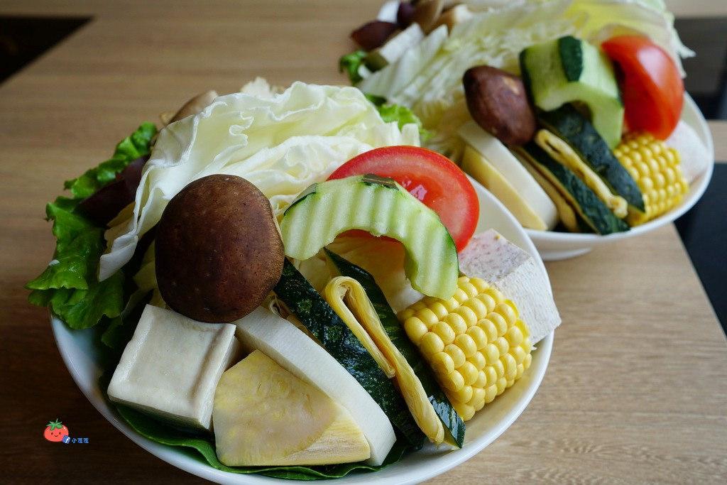 新竹火鍋 尋鍋物 食品路美食 近動物園