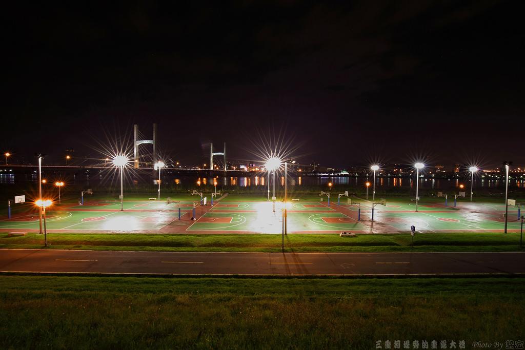 2014.11.29~三重河堤旁夜拍重陽橋夜景亂拍