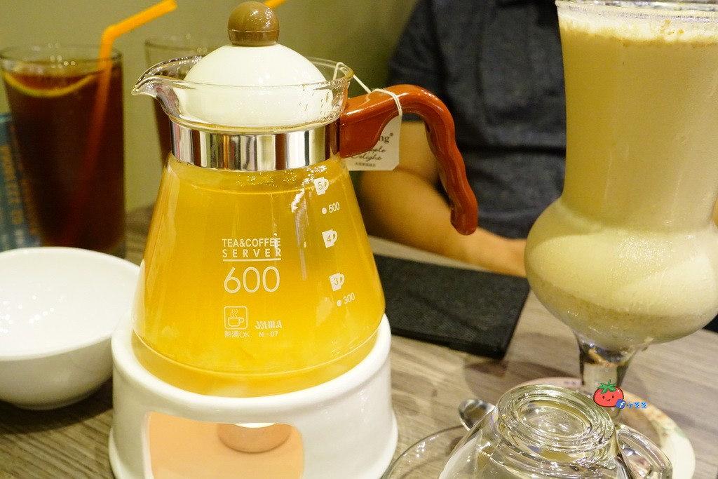 中和  茶自點複合式 打牌聊天上網