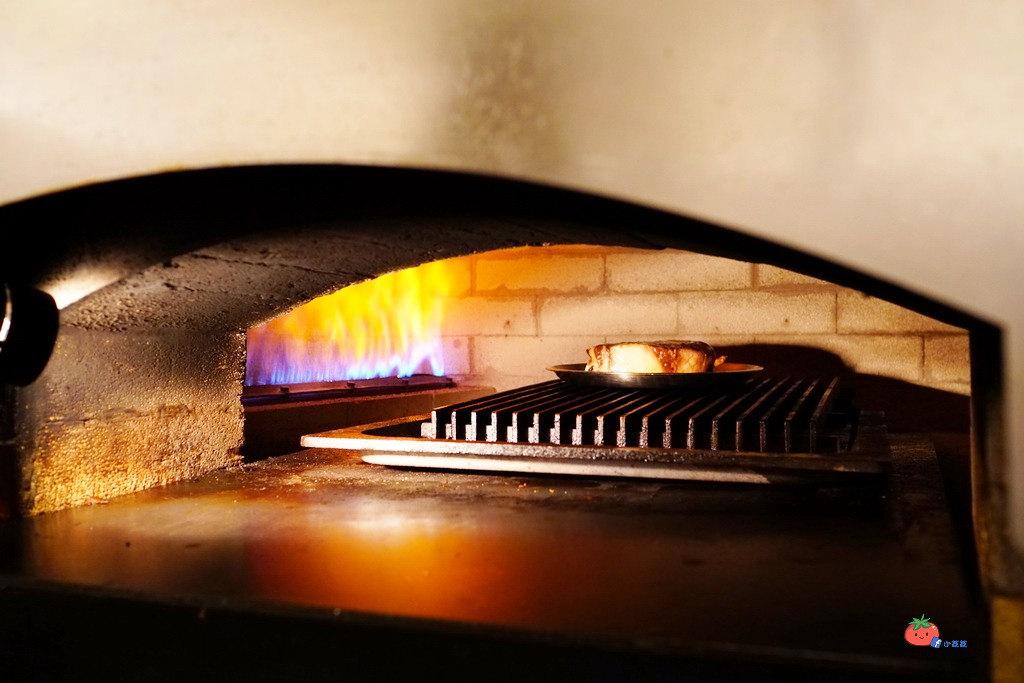 四平街美食 米蘭披薩