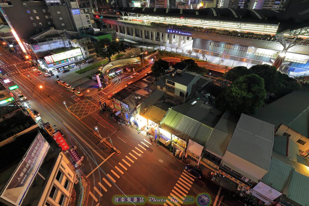 台中火車站夜景