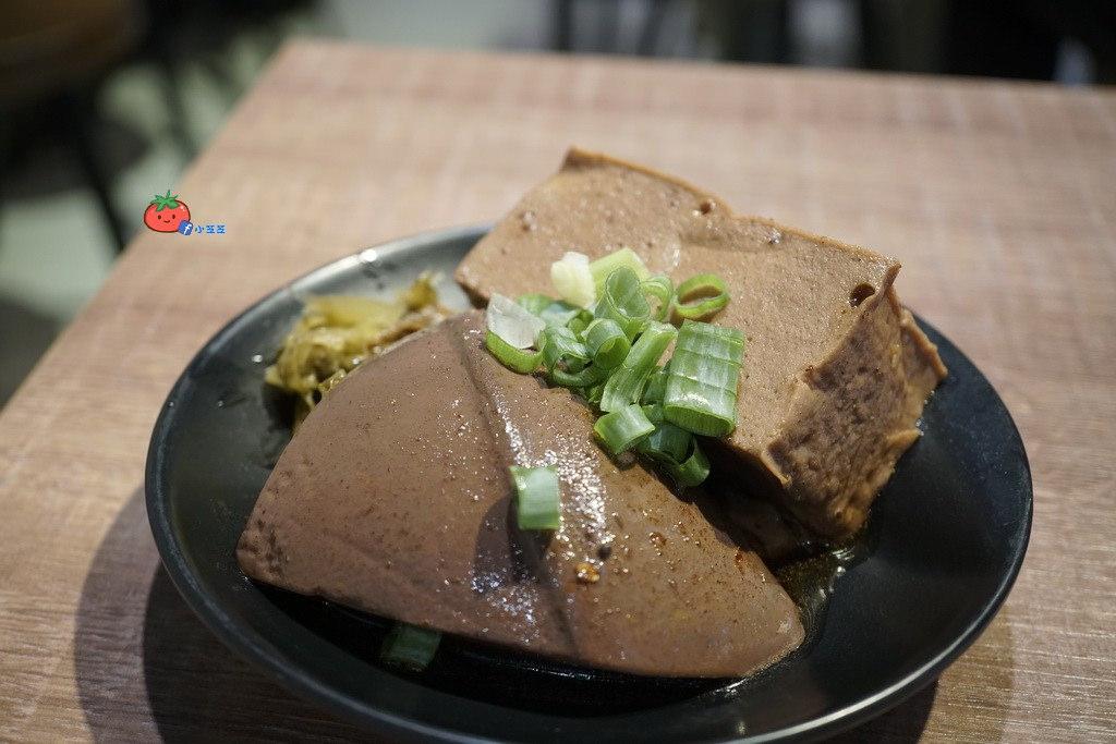 新豐美食 咖哩炒麵 吳媽媽 好吃嗎
