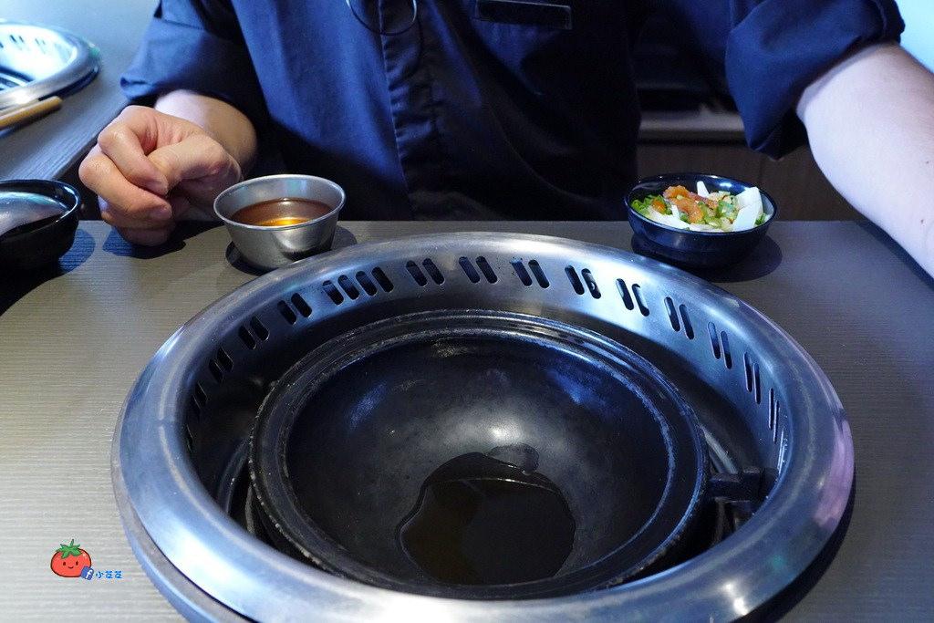庶石藏香石頭火鍋