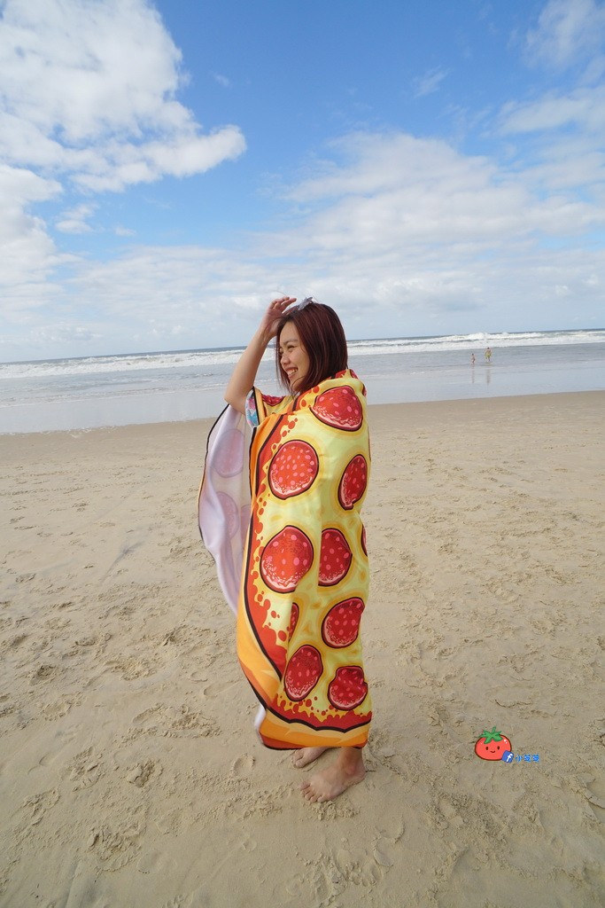 BIG MOUTH 泳圈 沙灘巾