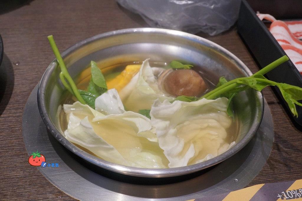 桃園火鍋推薦 左右開鍋 蔬菜吃到飽